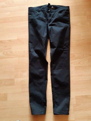 Hose von H&M schwarz Gr. 44
