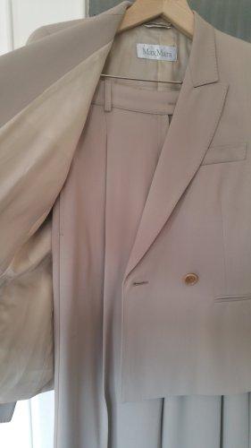 Hosen anzug