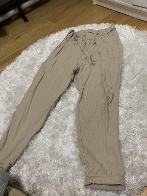 Pantalon 3/4 crème