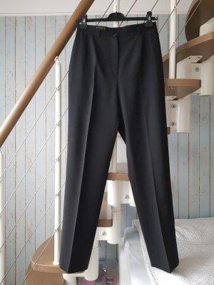 Hosen von Jobis in schwarz