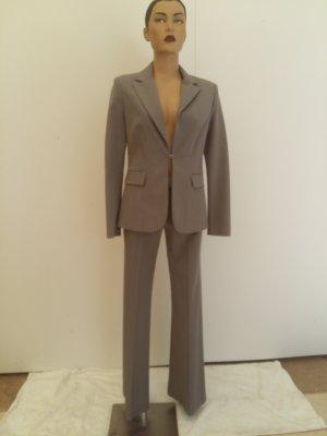 Tailleur pantalone grigio