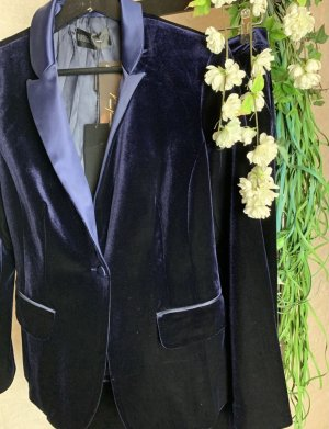 Barbara Schwarzer Business Suit dark blue velvet