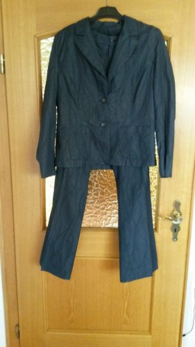 Tailleur-pantalon bleu foncé