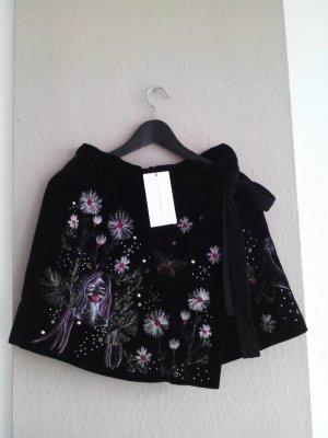 Hosenrock aus Samt mit wunderschöner Stickerei und Nietenbesatz, 100% Baumwolle, Größe M neu