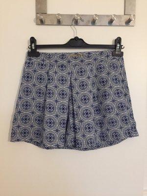 Hosenrock im stylischer Sommermuster