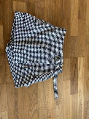 Bershka Jupes-culottes blanc-noir