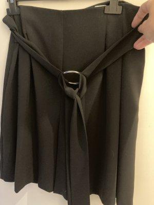 Hosenrock von Zara mit eingearbeiteten Gürtel