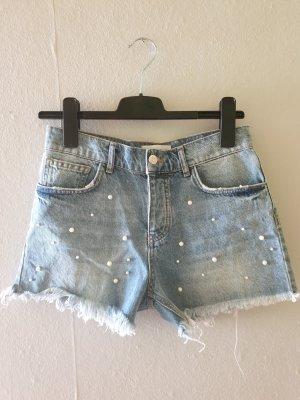 Hot-Pants mit Perlen