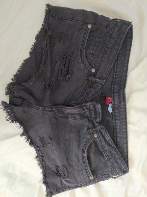 H&M Divided Pantalón corto negro-gris antracita
