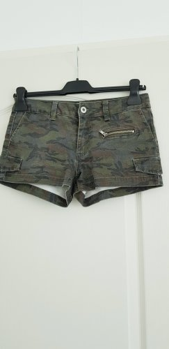 Hotpants in camouflage