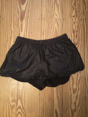Hotpants in Lederoptik