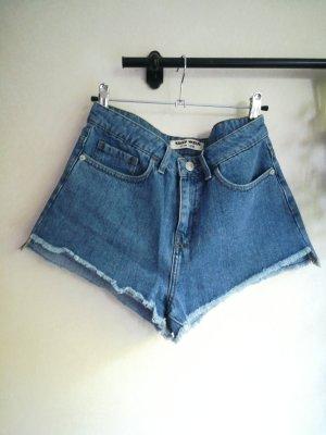 Hotpants, kurze Jeansshorts