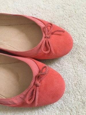 Buffalo London Ballerina a punta rosso chiaro