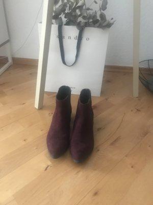 Hübsche Chelsea Boots