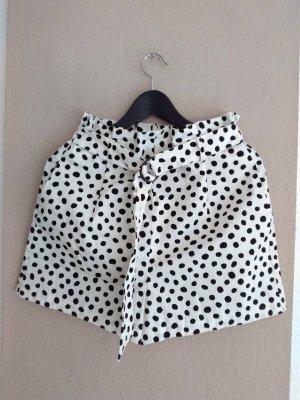 hübsche gepunktete Shorts mit Schleife aus Baumwolle, Grösse S, neu