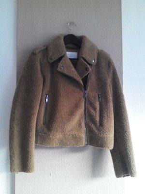hübsche Jacke aus Künstlichem Fell im biker Stil in sandbraun, Grösse M