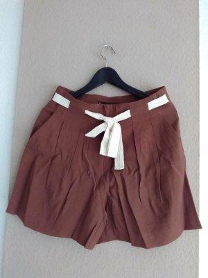 hübsche Shorts in braun aus 90% Viskose, Grösse 38