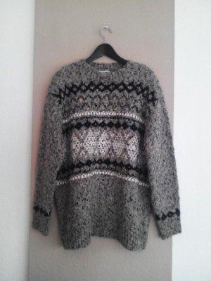 hübscher grobgestrickter langer Pullover, Grösse L, neu
