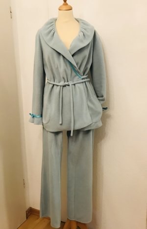 Leisure suit pale blue viscose