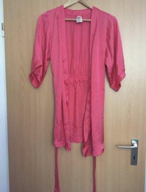 hübscher, pinker Morgenmantel / Kimono (kurz)