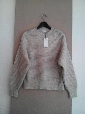 hübscher Pullover in hellbeige, Grösse M, neu