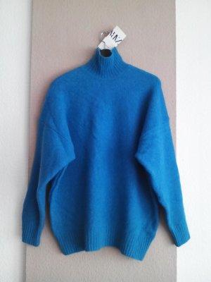 hübscher Pullover mit hohem Kragen aus 40% Wolle, Grösse M, neu