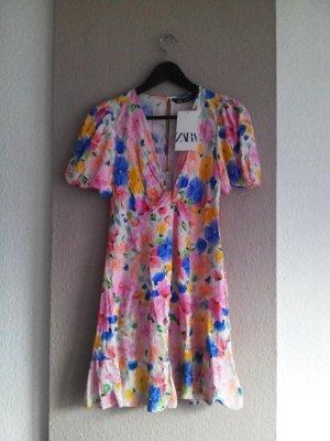 hübsches geblümtes Minikleid aus Viskose, Grösse S