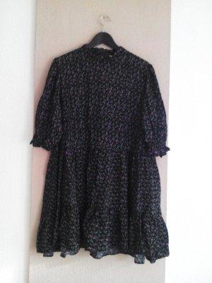 hübsches geblümtes Minikleid in schwarz-lila-grün, Größe M oversize, neu