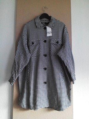 hübsches kariertes Überhemd /Long-Jacke in schwarz-weiss, Grösse M, neu