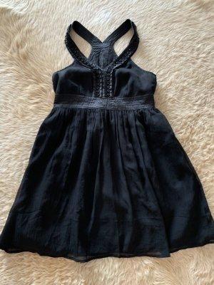 Hübsches Kleid, 34/36 in schwarz mit Applikationen
