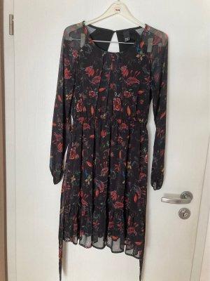 Hübsches Kleid von Heine
