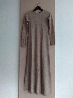 hübsches Midi-Strickkleid aus 45% Wolle in hellbeige, Limited Edition, Grösse S, neu