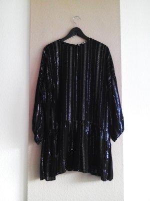 hübsches Minikleid in schwarz mit metallisierten Fasern, Grösse M