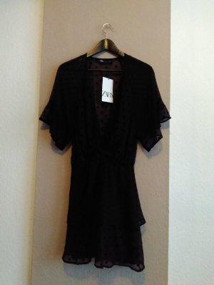 hübsches Minikleid mit Volants in schwarz, Grösse M, neu