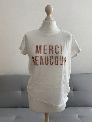 hübsches Statement-Shirt