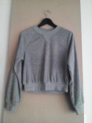 hübsches Sweatshirt in hellgrau aus 80% Baumwolle, Grösse S