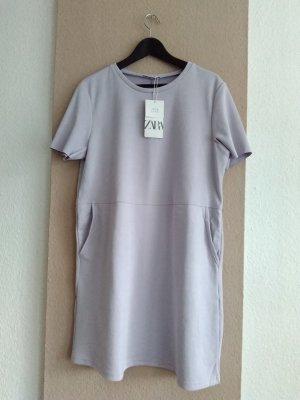 hübsches T-Shirt-Kleid mit Taschen, in flieder, Größe L, neu