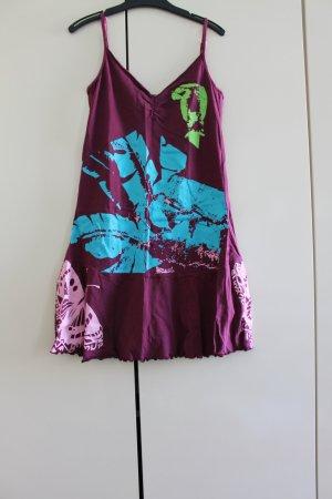 Hübsches Träger-Kleid