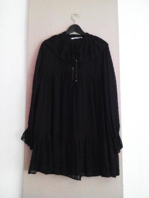 hübsches weit geschnittenes Plumetis Minikleid in schwarz, Grösse L, neu