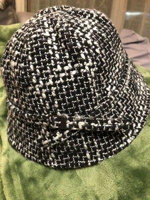BOSS HUGO BOSS Cappello cloche nero-bianco sporco
