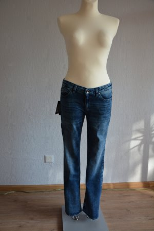 Hugo Boss, boot cut Sommer Jeans, Gr W28/L32