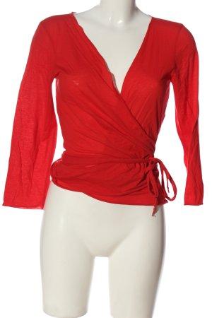 Hugo Boss Camisa cruzada rojo moteado look casual
