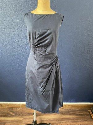 Hugo Boss Etui Kleid mit Drainierungen Gr. 38 business