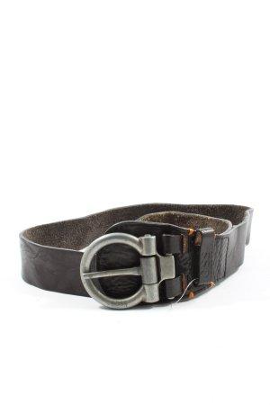 Hugo Boss Hebilla del cinturón marrón estampado temático look casual