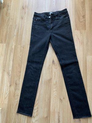 Hugo Boss pantalón de cintura baja negro-gris antracita