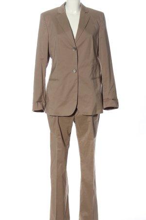 Hugo Boss Tailleur-pantalon brun élégant