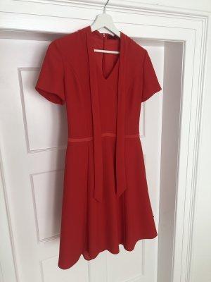Hugo Boss Kleid in Rot