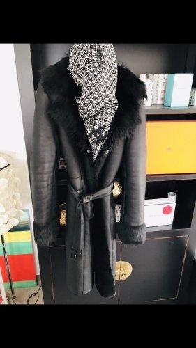 Hugo Boss Manteau de fourrure noir cuir