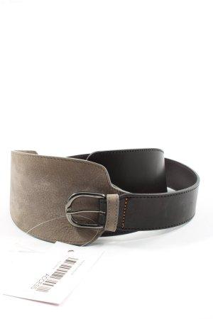 Hugo Boss Cinturón de cuero marrón-negro look casual