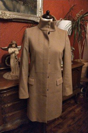 Hugo Boss Abrigo de invierno beige
